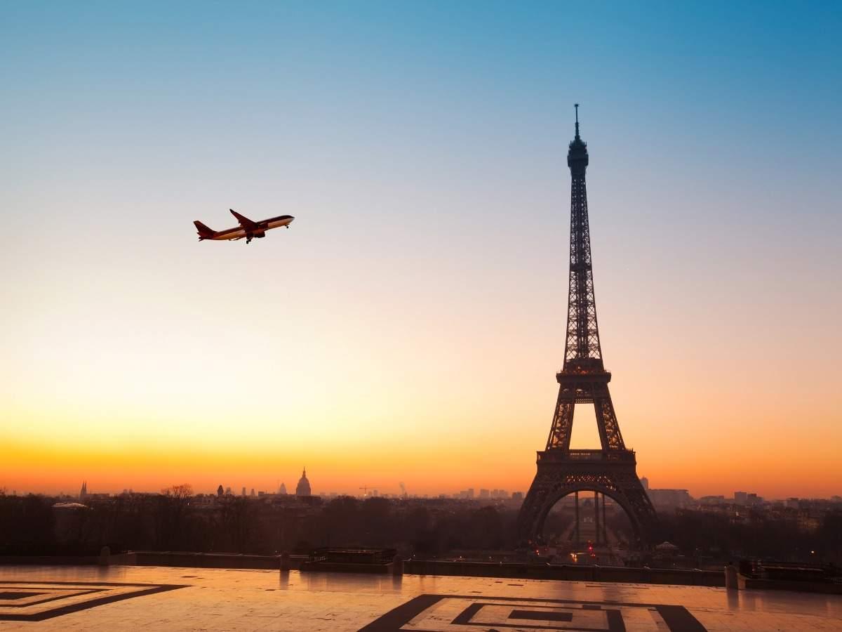 La France assouplit les restrictions de voyage dans sept pays