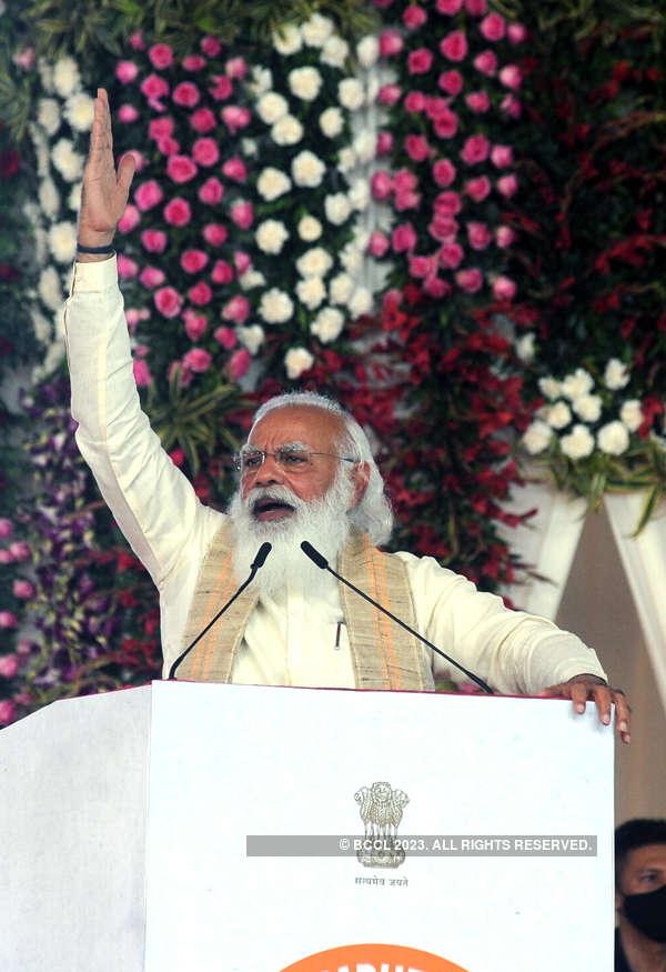 PM Modi flags off 'Dandi March'