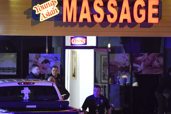 US violence : 8 people killed in shootings at massage parlours