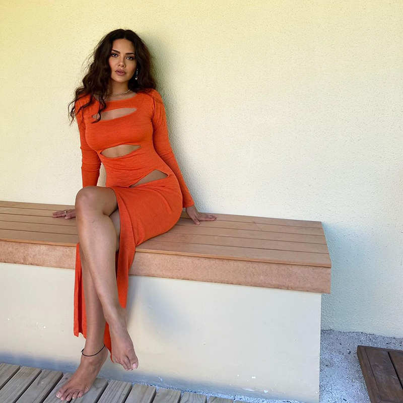 Esha Gupta slays it in a stunning beach wear in these new vacation pictures