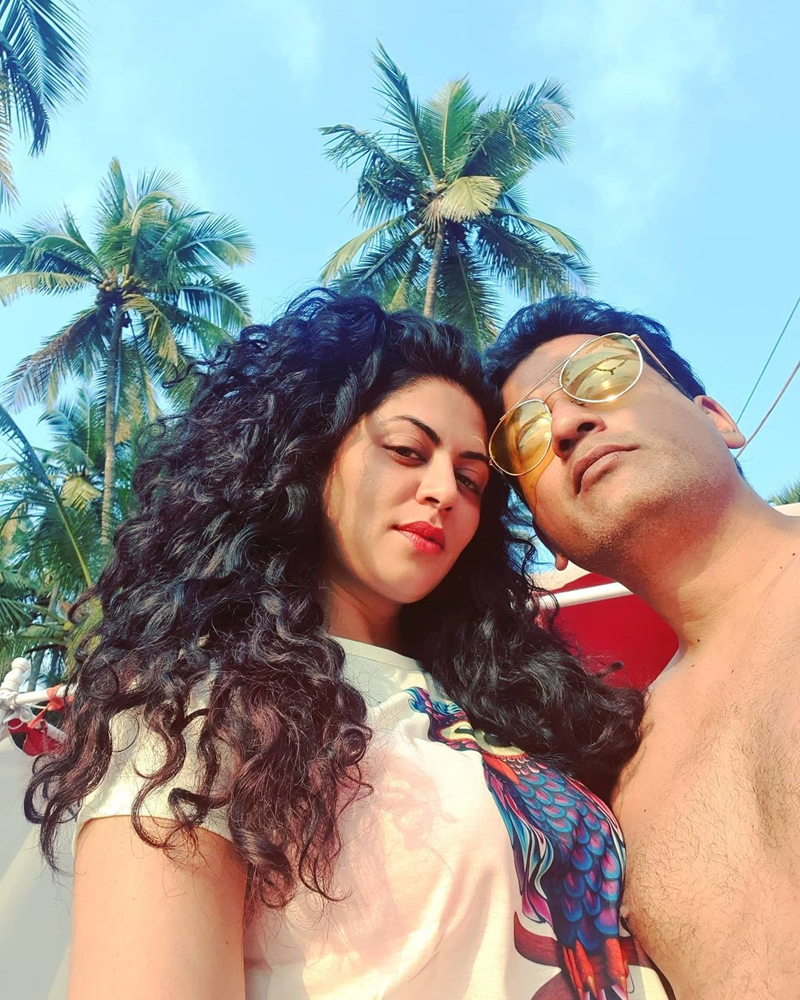 FIR fame Kavita Kaushik ups the glam quotient as she holidays in Goa