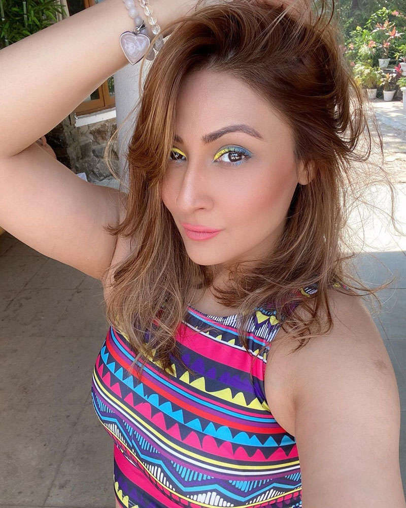 Kasautii Zindagii Kay fame Urvashi Dholakia doesn't seem to age at all