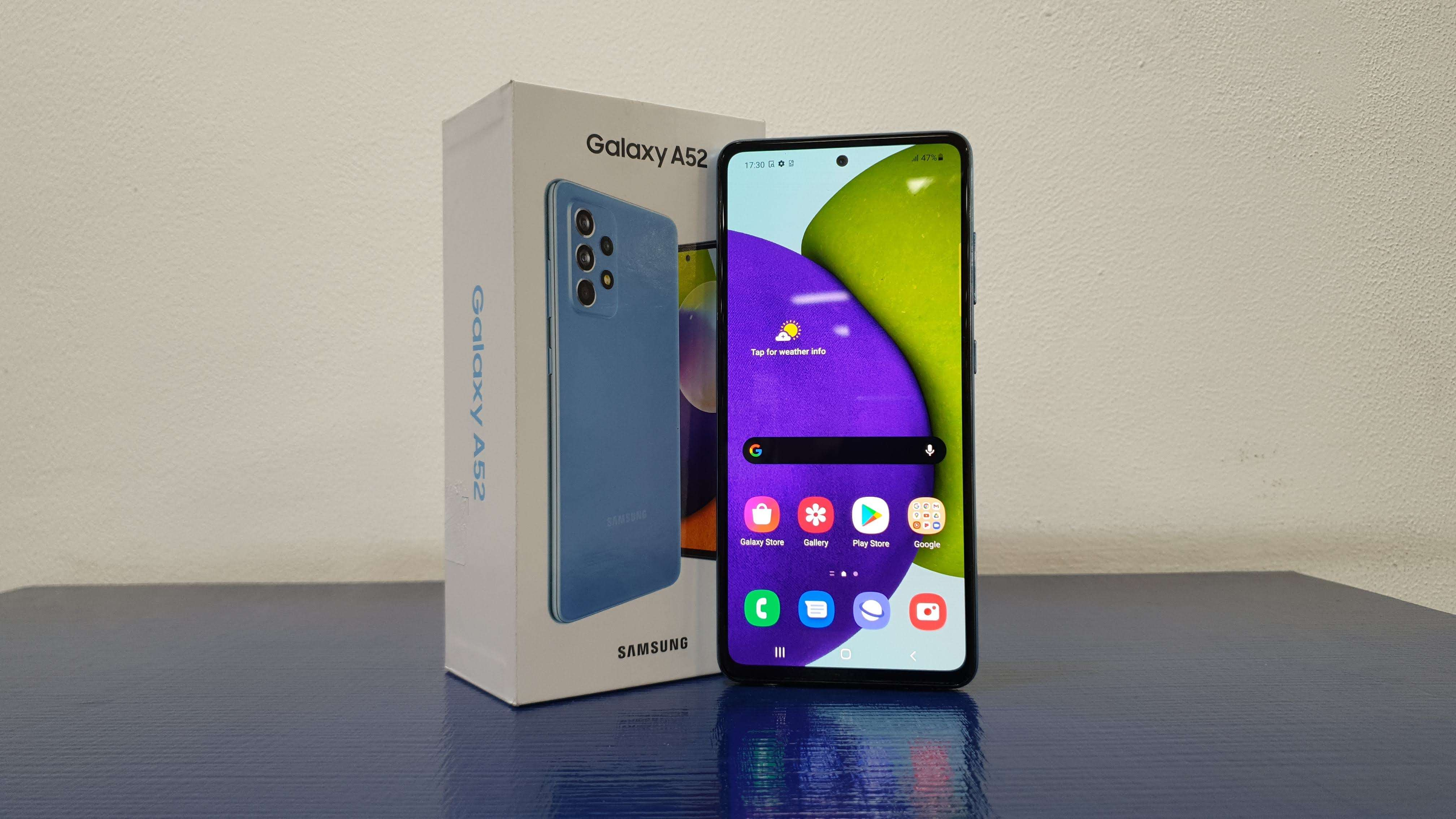 Samsung Galaxy A52 first look
