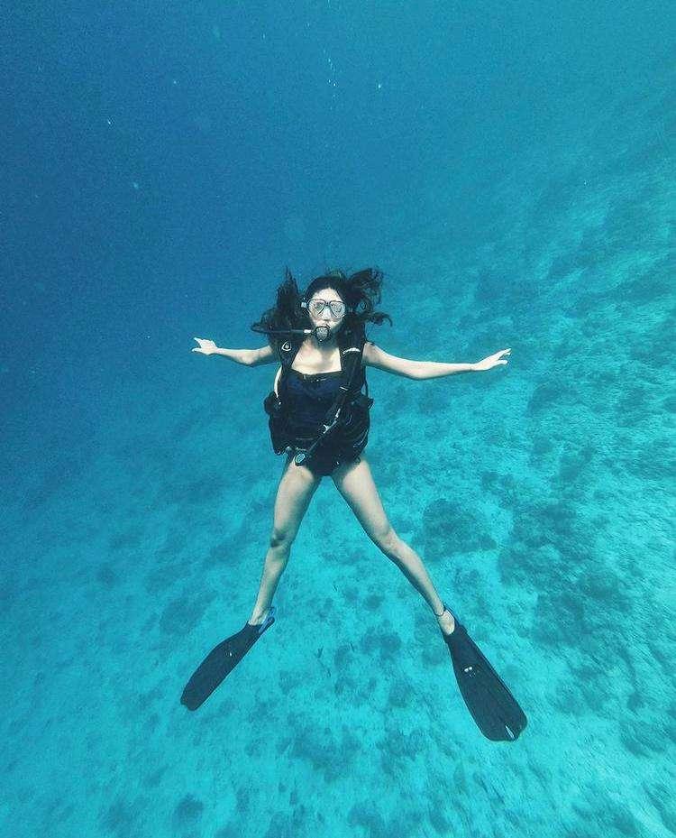 Esha Gupta feels like 'Dory' during her scuba diving adventures