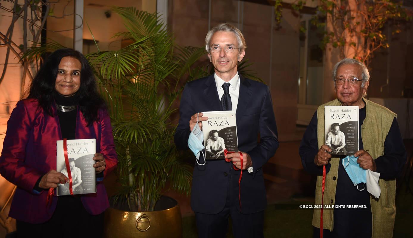 Yashodhara Dalmia launches book on the life of Sayed Haider Raza