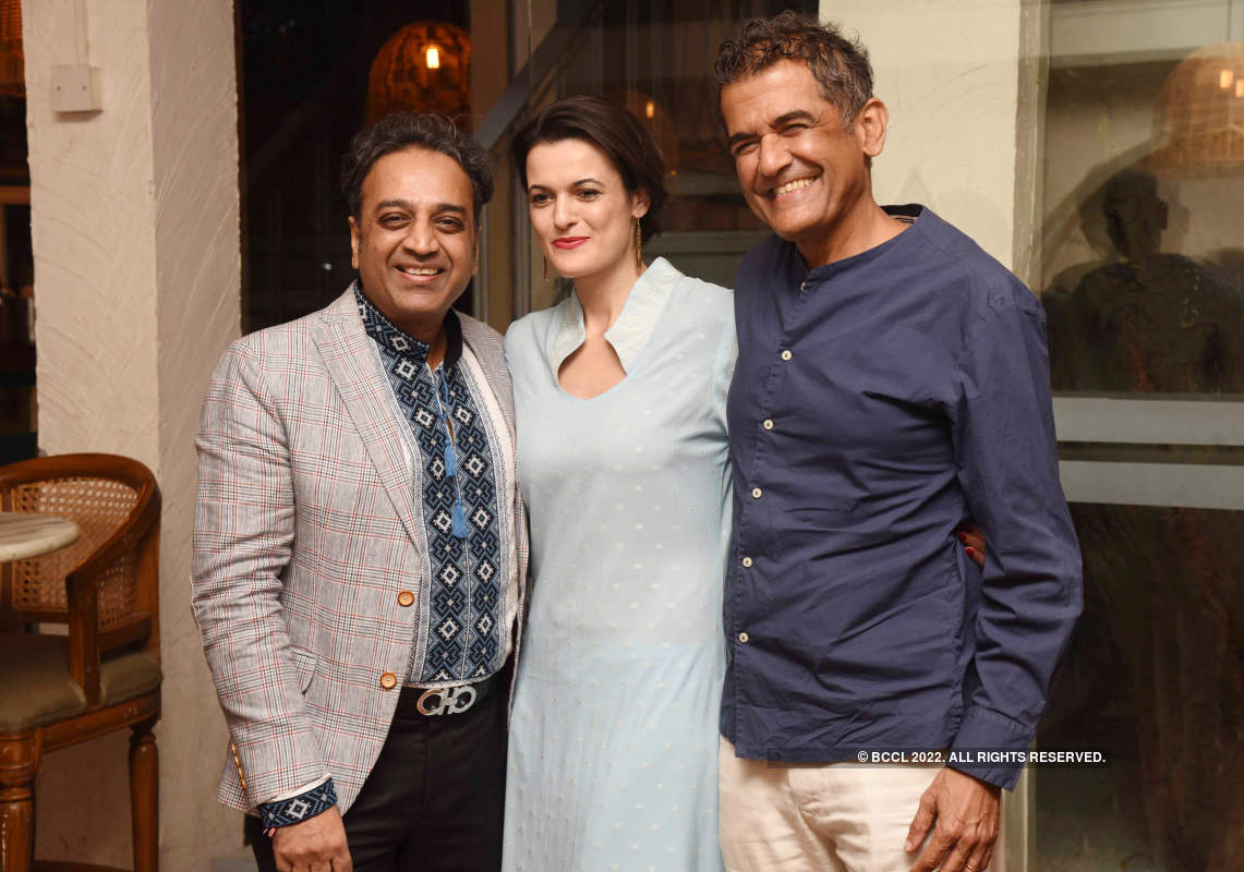 Nalin Gupta hosts a party in memory of Thenny Mejia