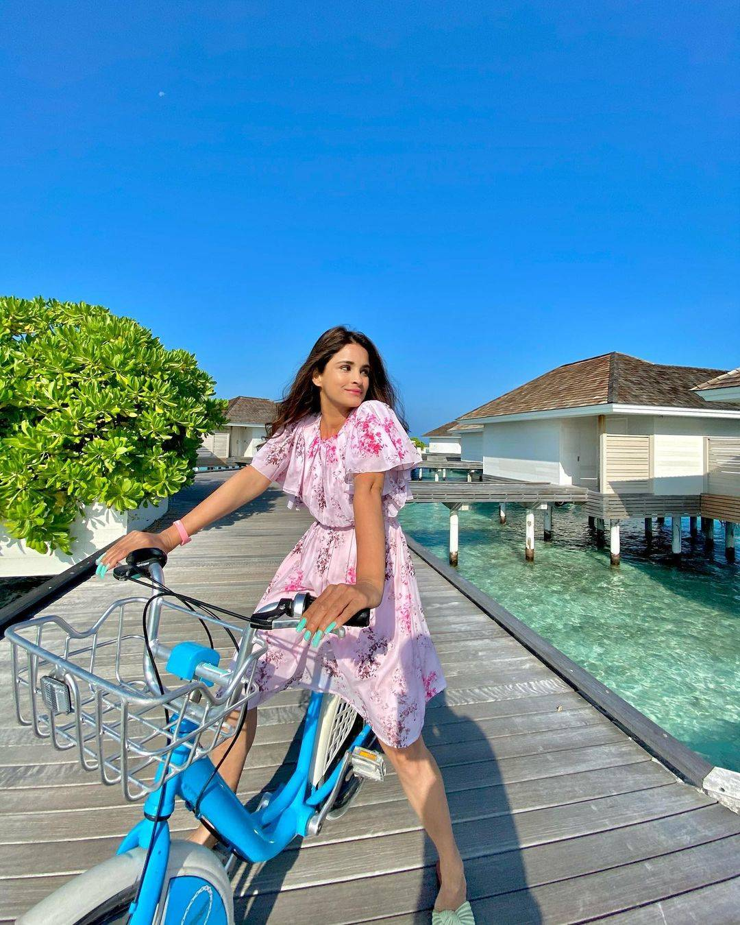 Chetna Pande shares stunning throwback vacation pictures