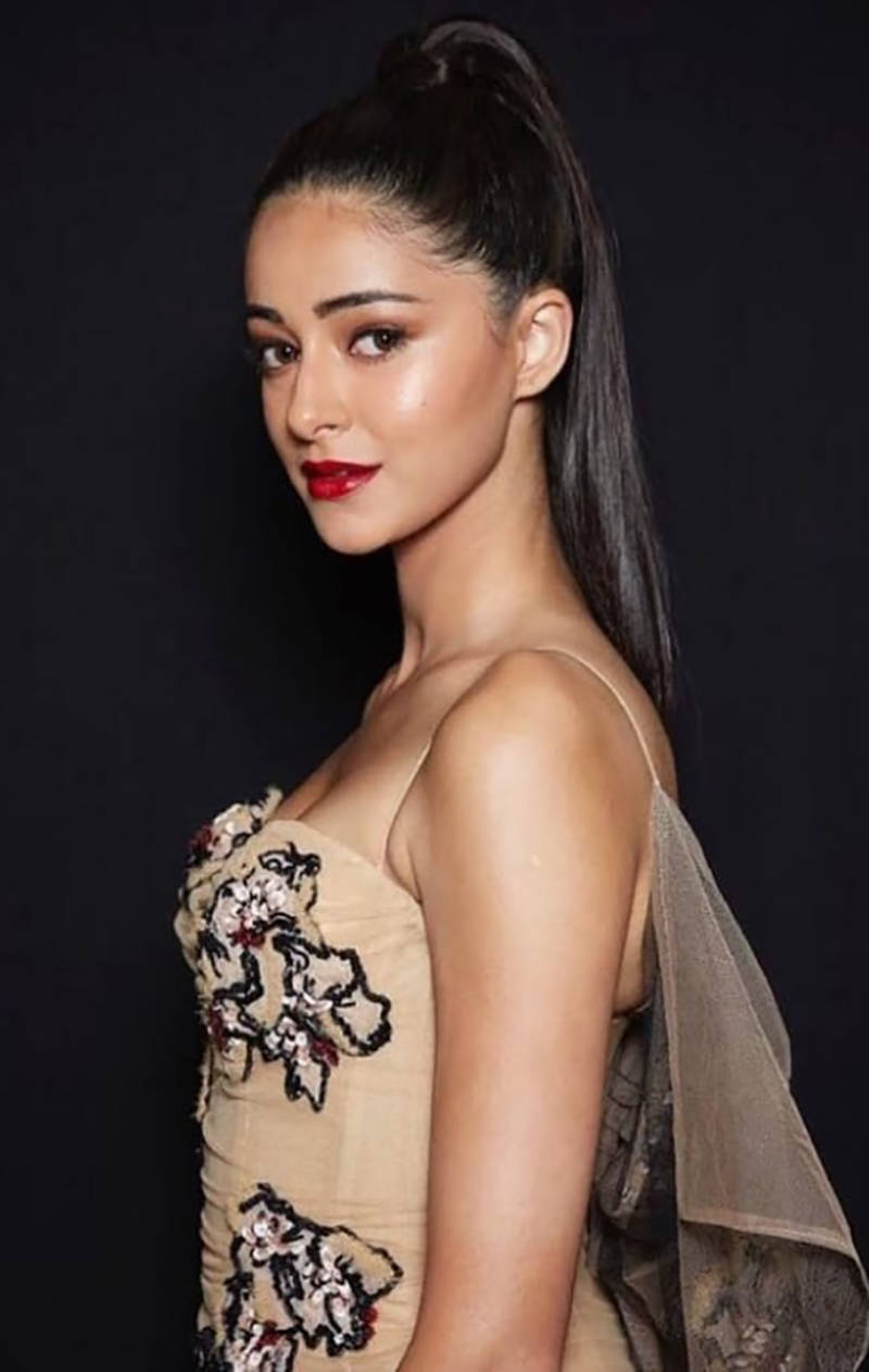 Ananya Pandey looks like a breath of fresh air in these new pictures from her her fun day on a beach