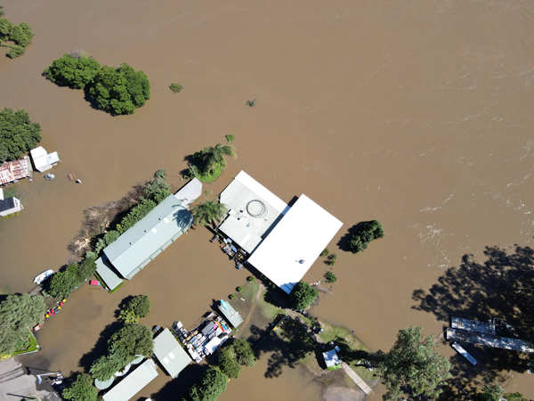Sydney drenched by worst floods in 60 years