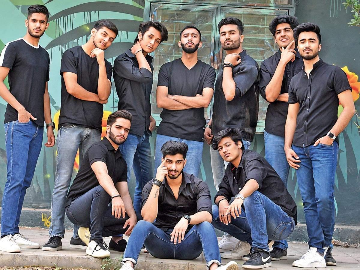 (Standing, L-R) Akshat Sharma, Sparsh Gaur, Sarthak Verma, Nipun Khatri, Bhavya Rajdogra, Priyank Tiwari, Kshitiz Bansal; (Sitting, L-R) Vishesh Wahi, Priyanshu Chatterjee and Ritvik Sikka