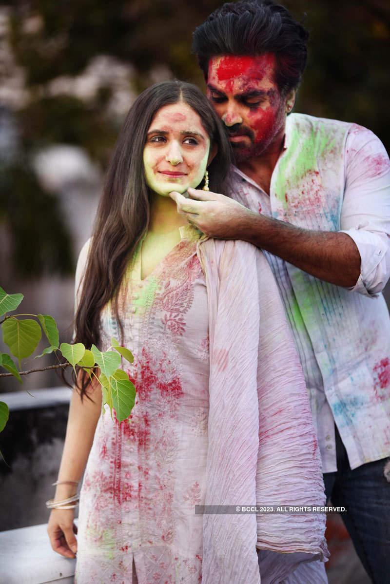 Mayank Gandhi and Hunar Hali's Holi photoshoot