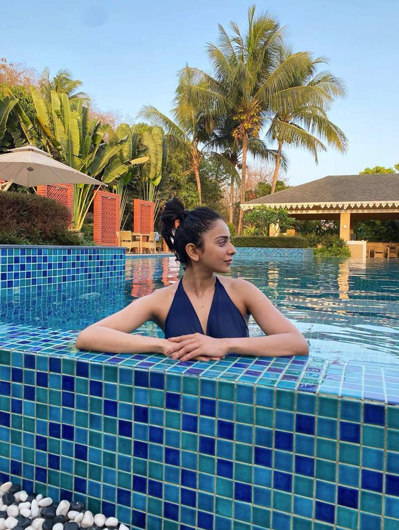 Rakul Preet turns a water baby, shares a new pool picture