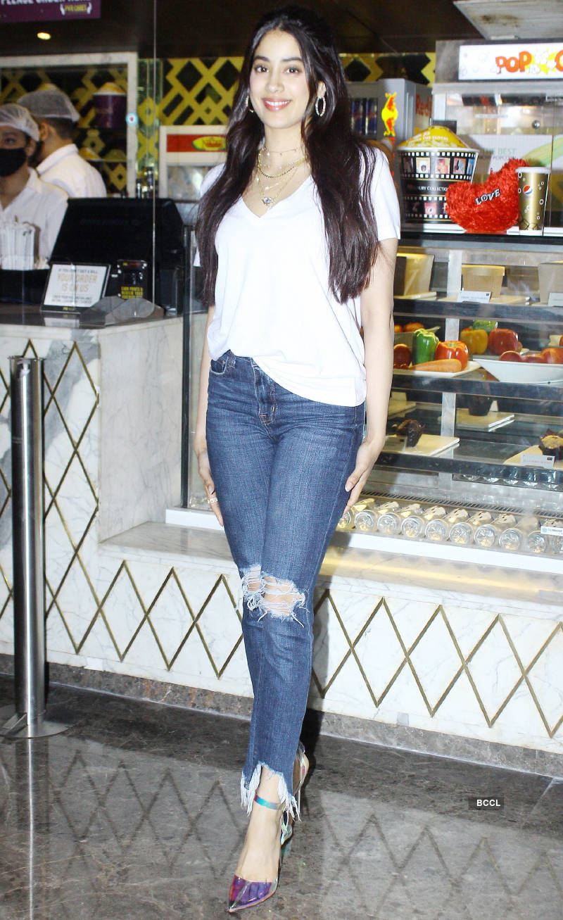 Roohi: Promotions
