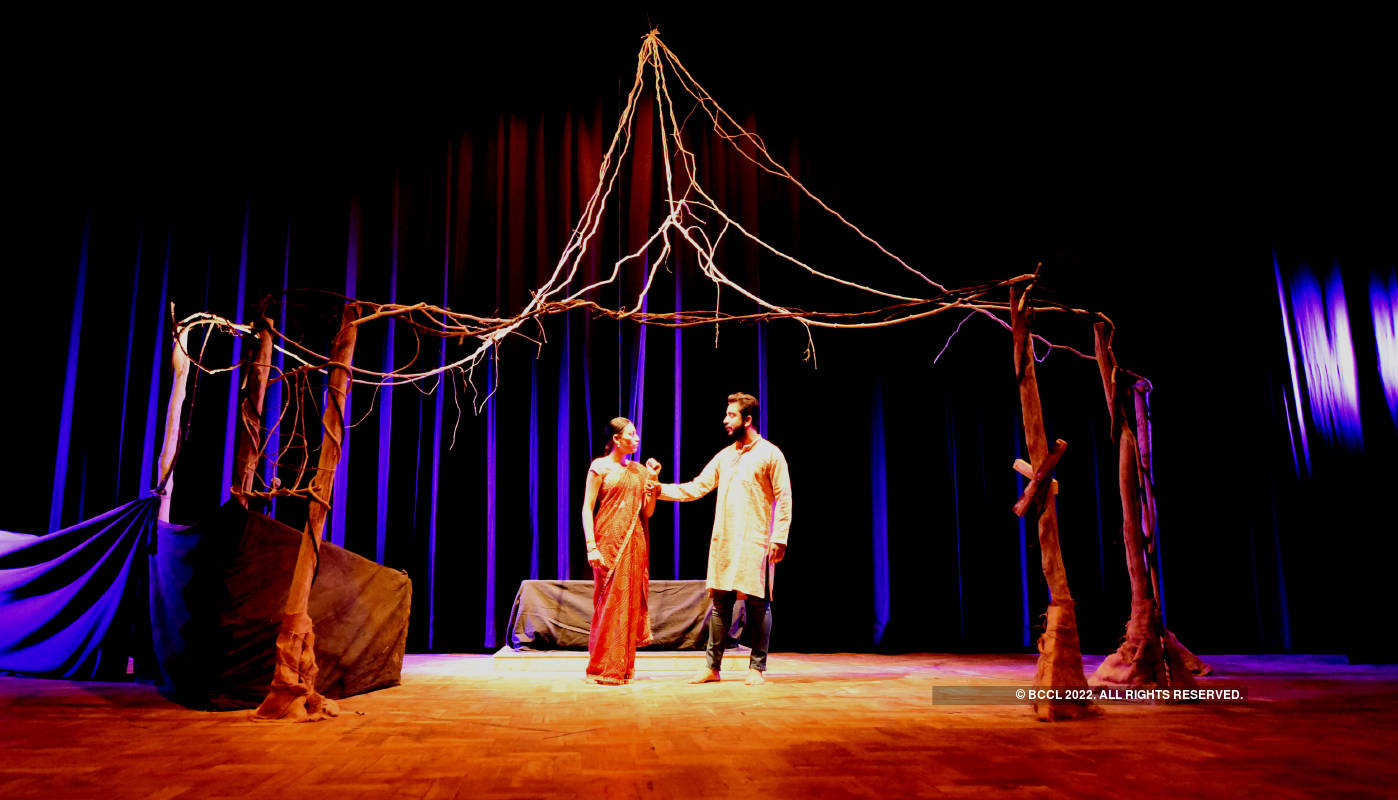 Nag Mandal: A play