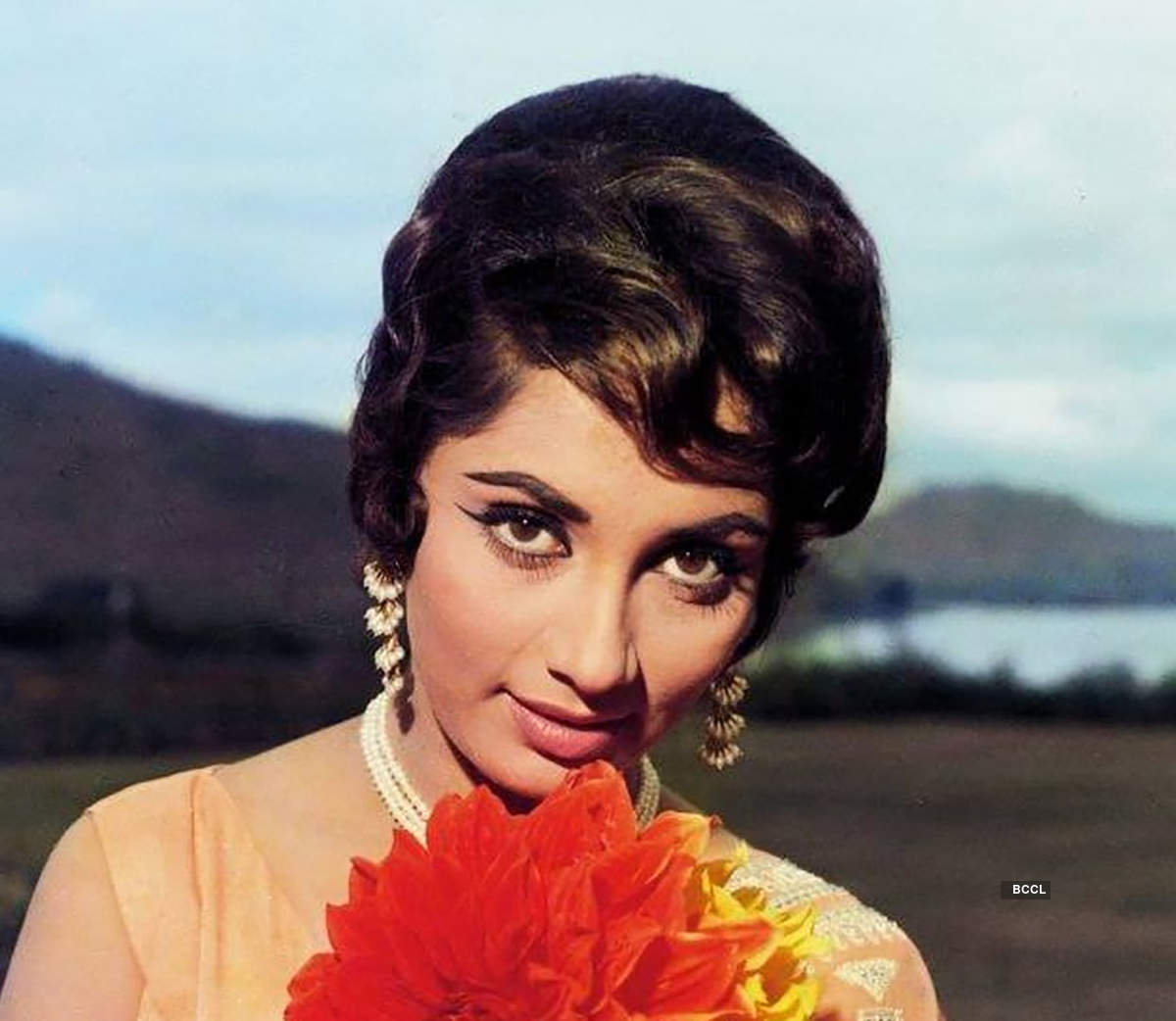 #ETimesTrendsetters: Story-in-photos of Sadhana's fringe that inspired generations to come