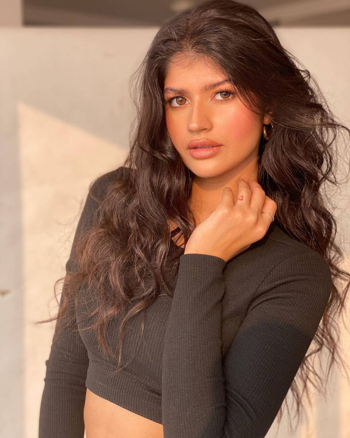 Anjini Dhawan can surely give newcomers a run for their money