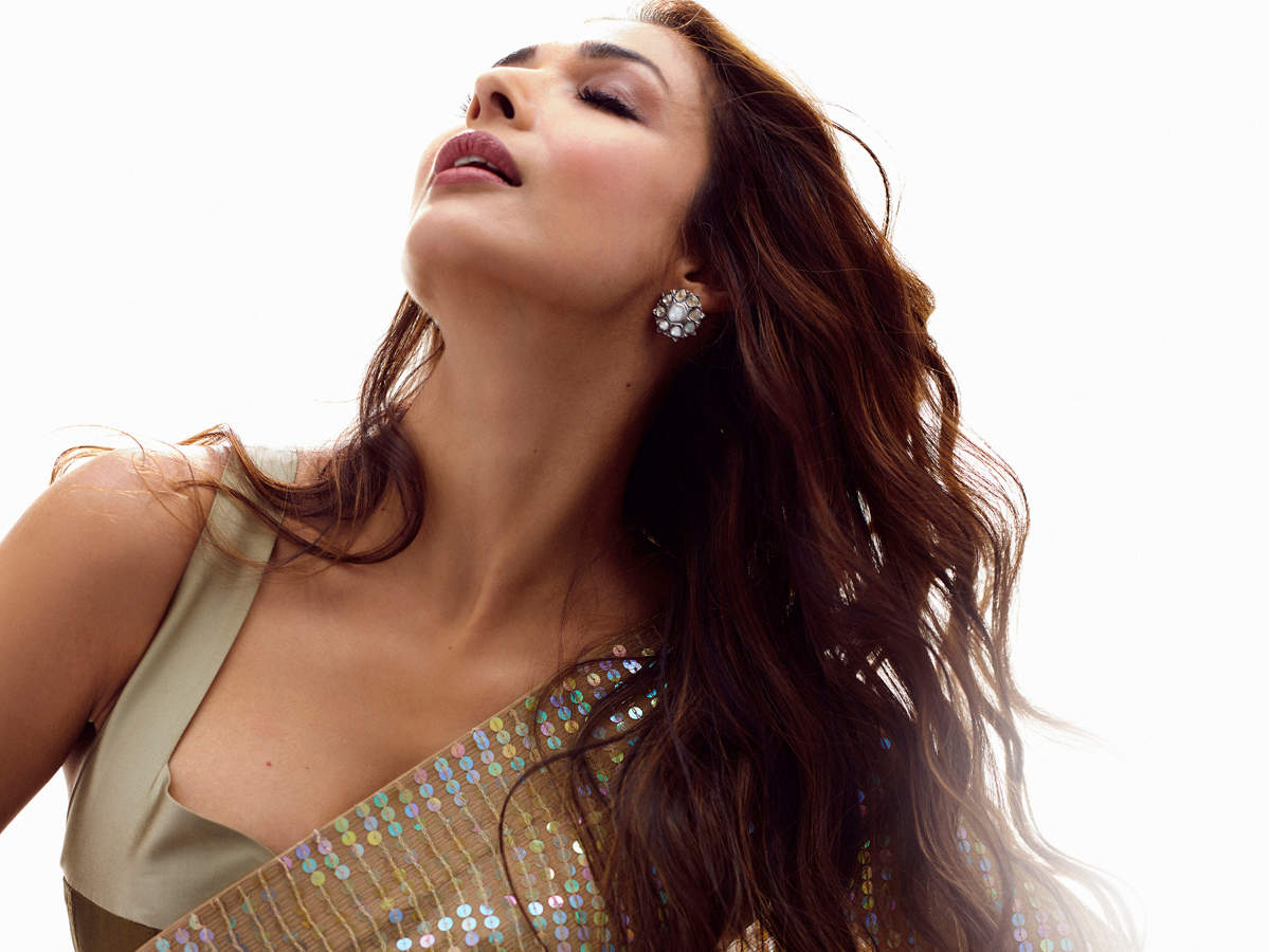 Recipe of Malaika Arora's hair oil