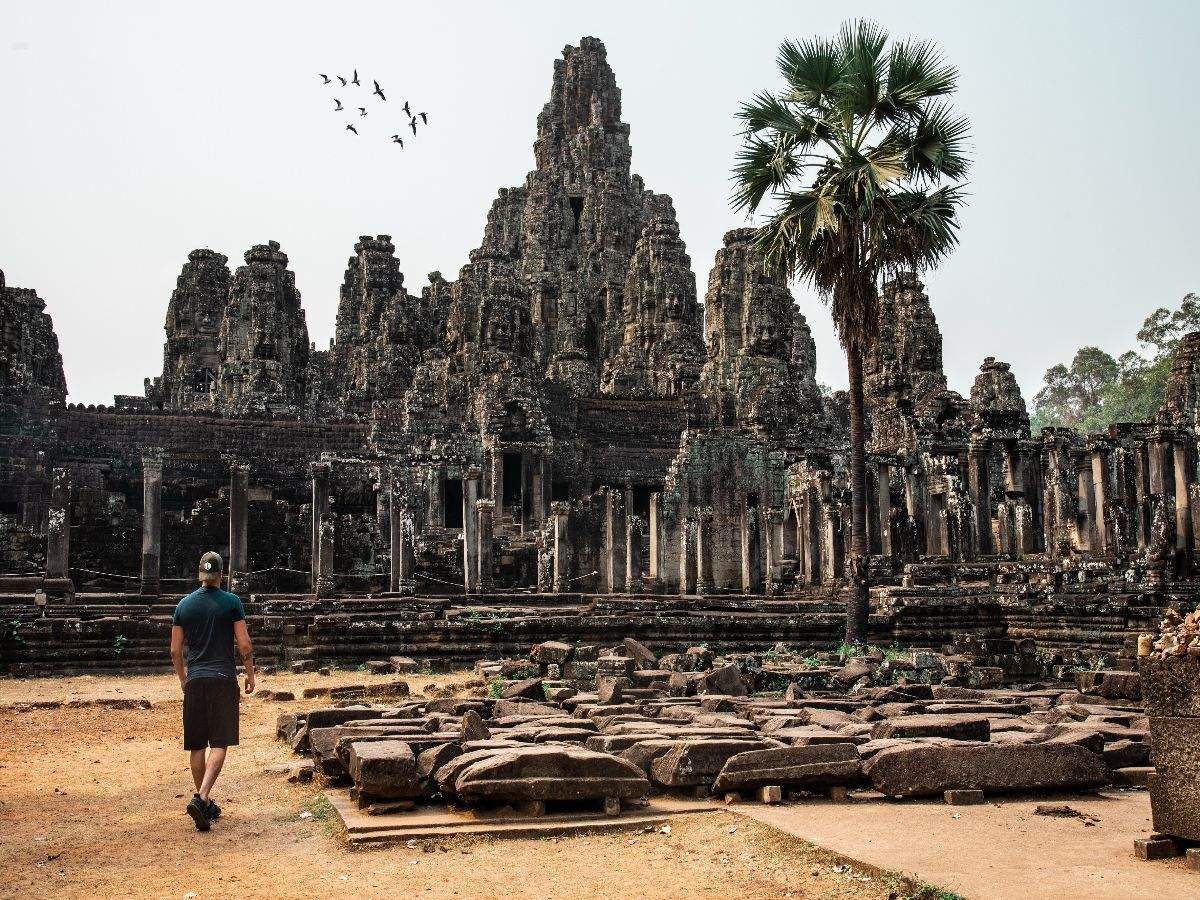 Cambodia closes Angkor Temple Complex to curb the spread of COVID-19