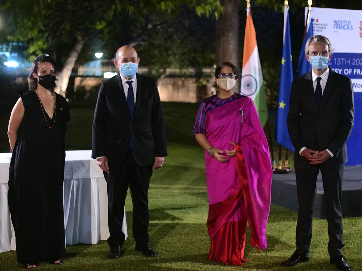 Sandrine Brauer, Jean-Yves Le Drian, Minister for Europe and Foreign Affairs of France, Guneet Monga and Ambassador of France to India Emmanuel Lenain