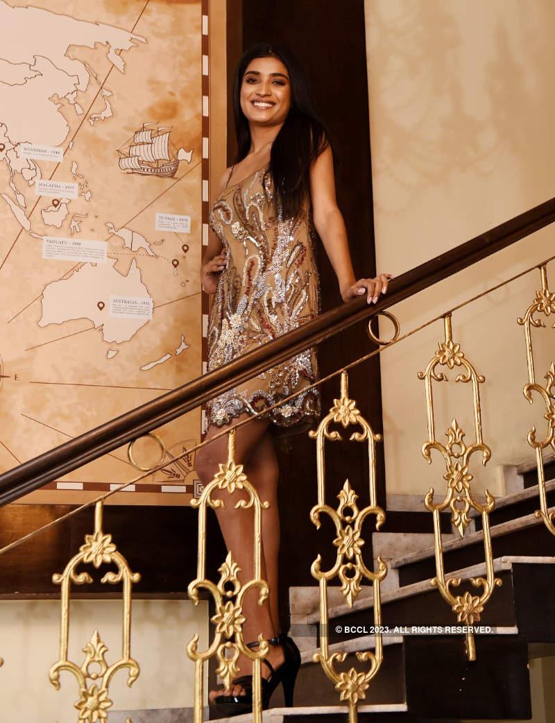 VLCC Femina Miss India 2020 runner-up Manya Singh gets papped in Mumbai