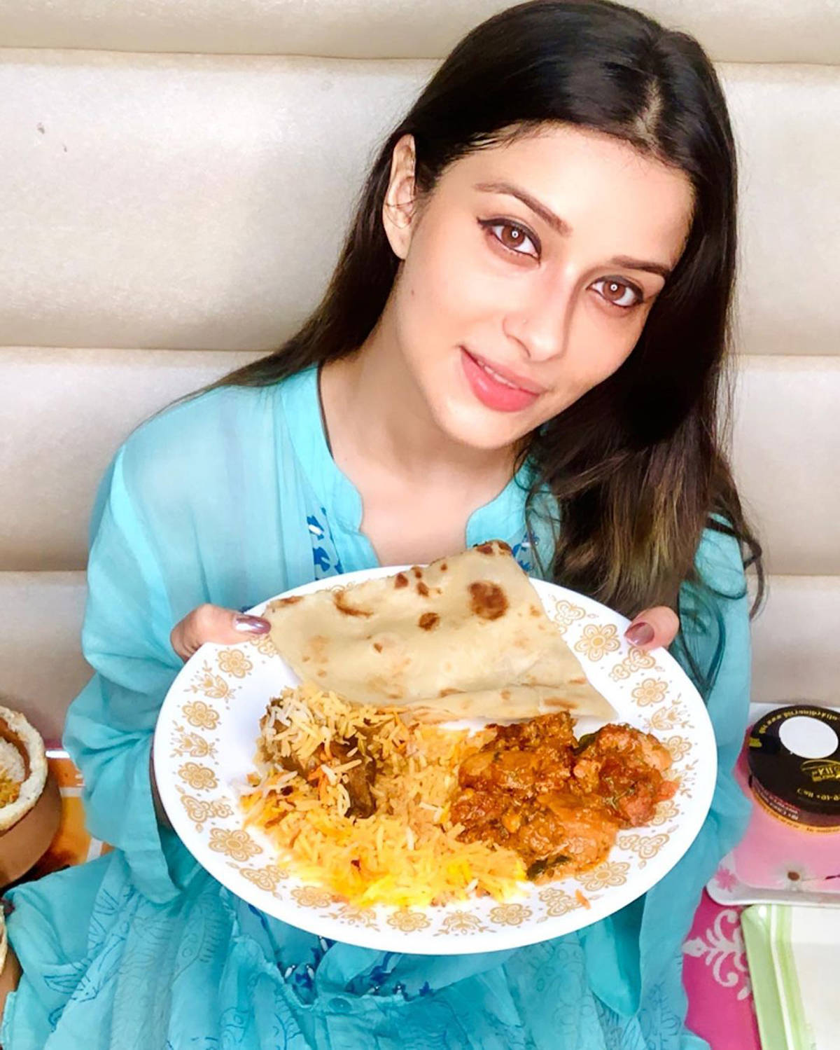 Celebrities who are big foodies