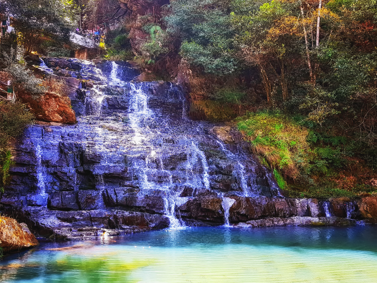 Vaccinated people now can enjoy a trip to Meghalaya at a cheap price