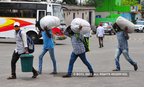 Lockdown: These pictures show the agony of migrant workers