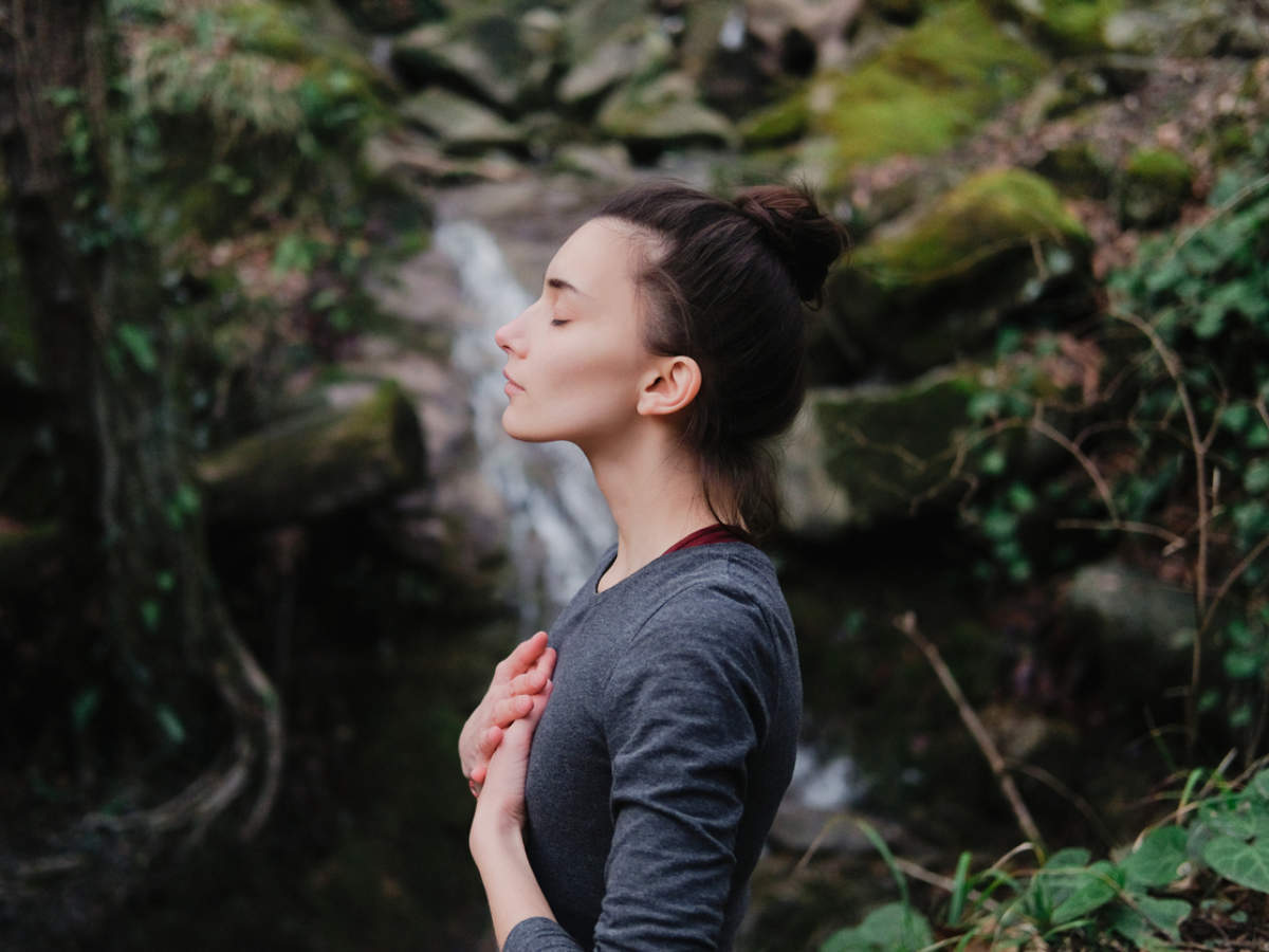 5 most common breathing exercises to strengthen your respiratory system | The Times of India | Latest News Live | Find the all top headlines, breaking news for free online April 25, 2021