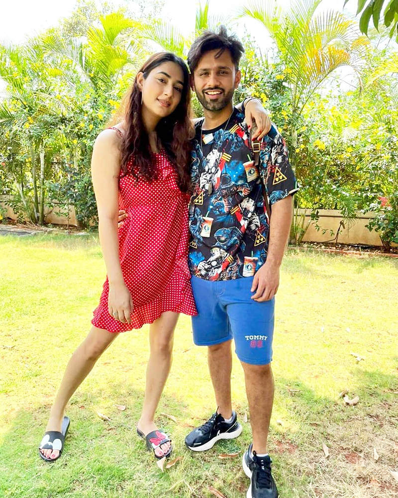 Romantic pictures of much-in-love couple Rahul Vaidya and Disha Parmar go viral