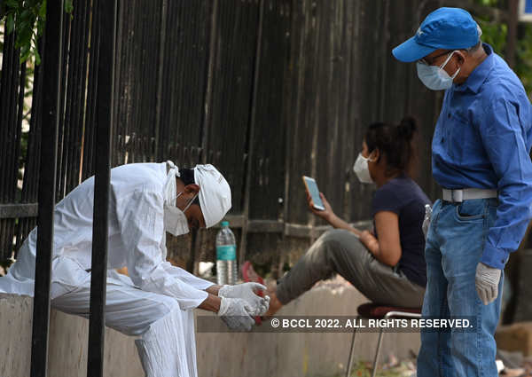 These images show how India is grappling with devastating coronavirus outbreak