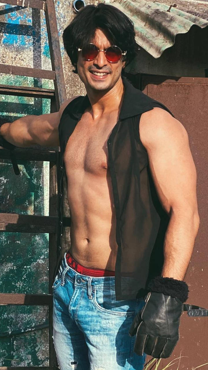 Gashmeer Mahanjani: imlie actor gashmeer mahajani's fit lifestyle    Times of India