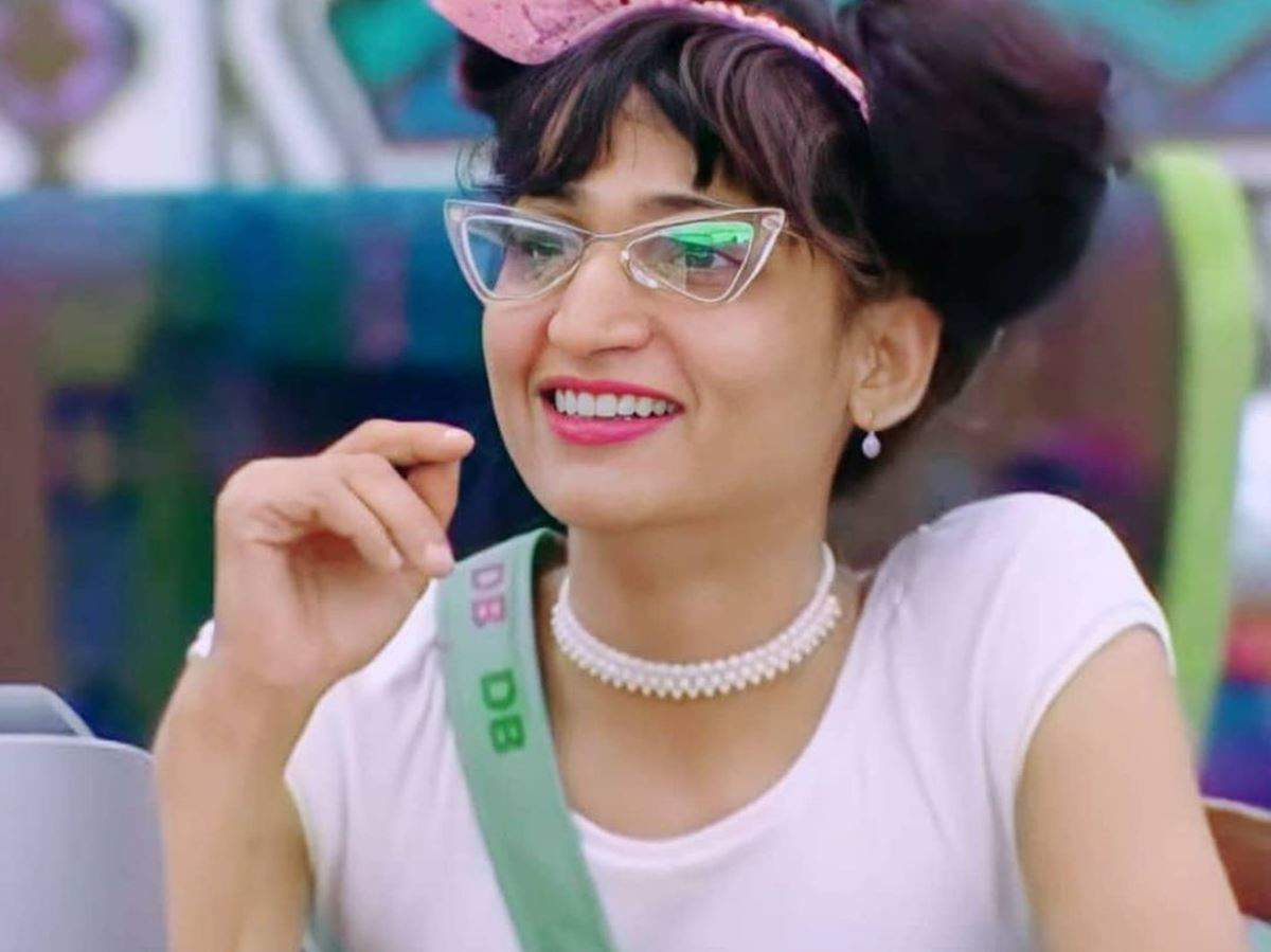 Bigg Boss Malayalam 3: Dimpal Bhal quits after father's demise; here's a look at her best moments in the house