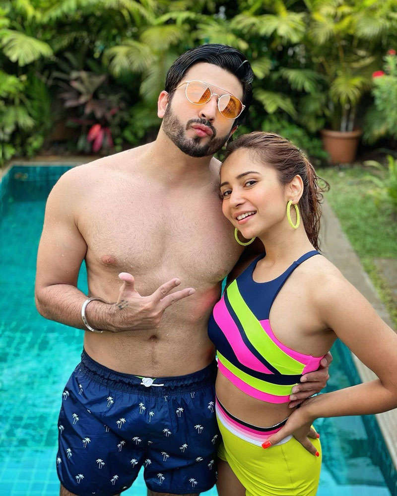 Dheeraj Dhoopar and Vinny Arora Dhoopar give us major couple goals