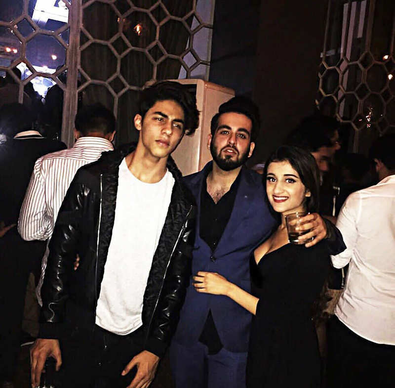 These unseen party pictures of Shah Rukh Khan's son Aryan Khan go viral