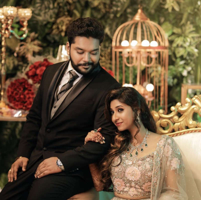 Inside pictures from actor MS Bhaskar's daughter's wedding reception