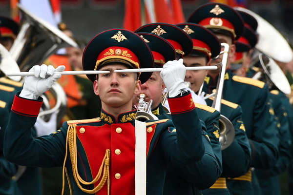 Russia: Spectacular pictures from Victory Day celebrations
