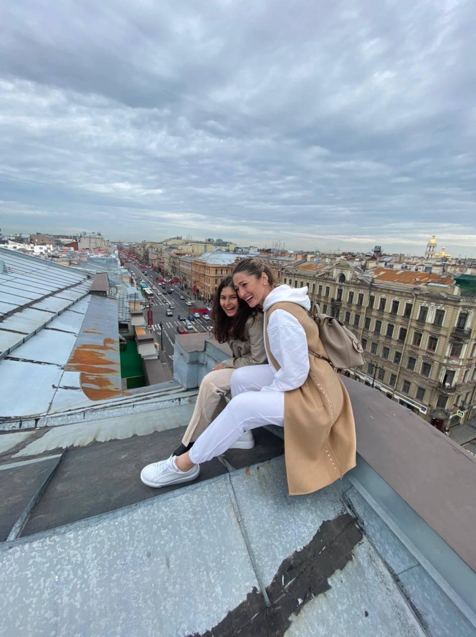 The duo enjoying rooftop views of St Petersburg