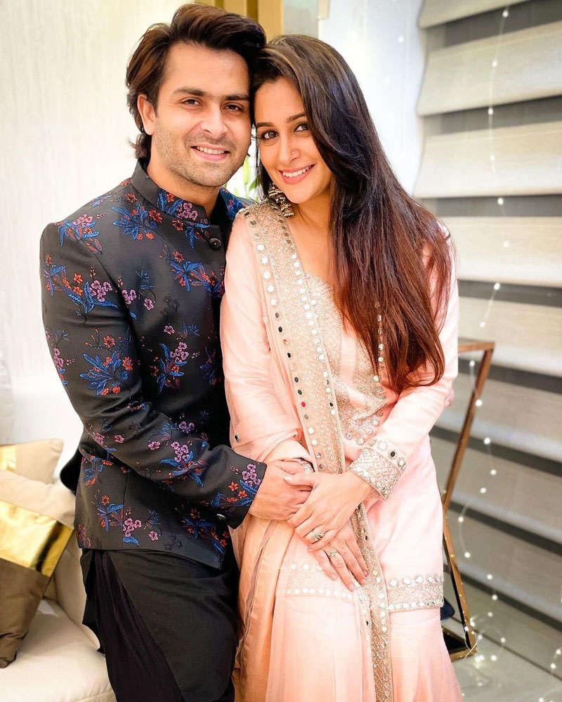 Much-in-love couple Dipika Kakar and Shoaib Ibrahim celebrate Eid