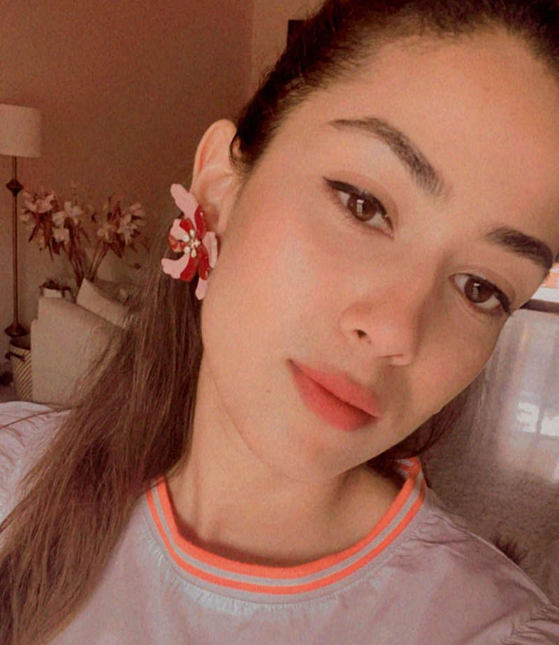 Mira Rajput flaunts her post-workout glow in these new stunning pictures