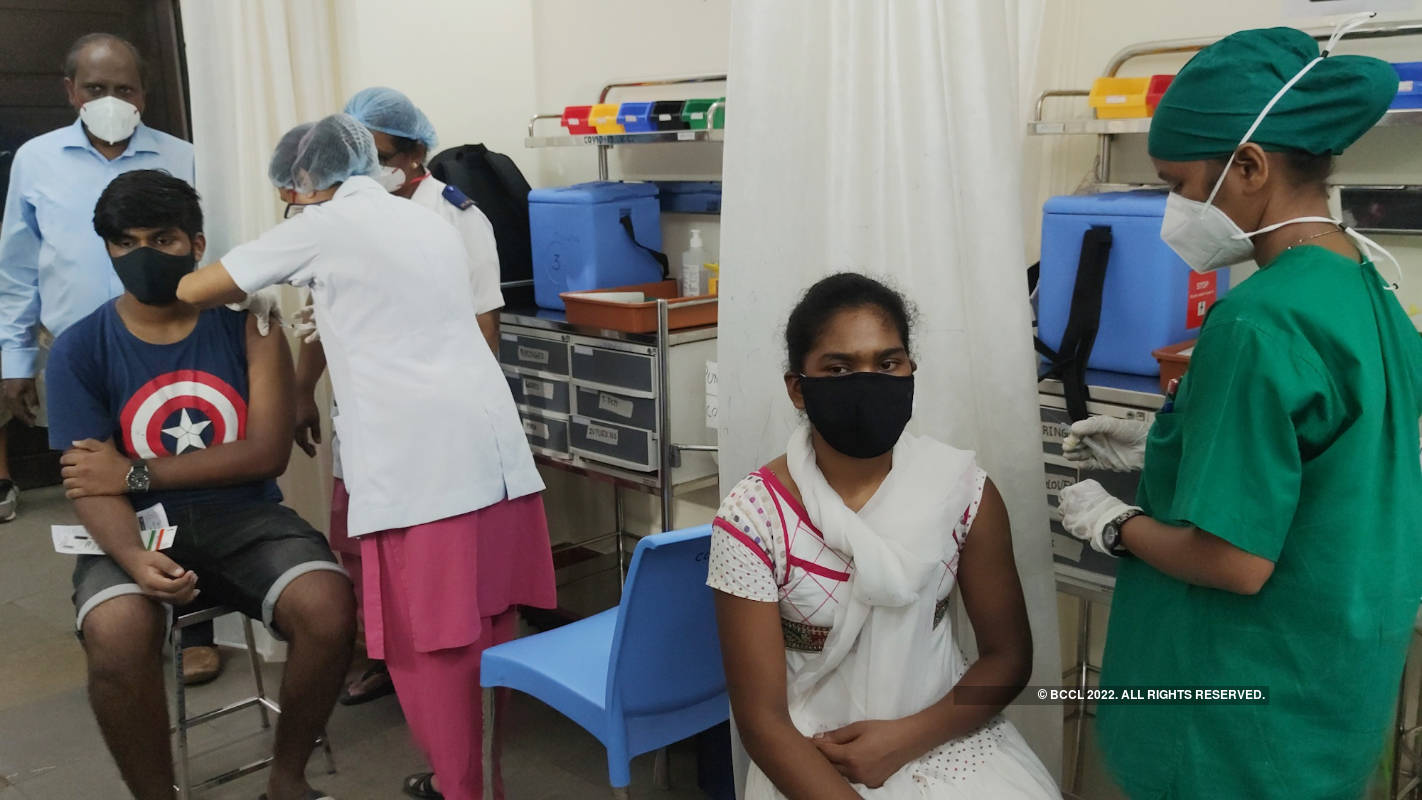 On the first day, 1,000 people in the 18-44 group inoculated in Mumbai
