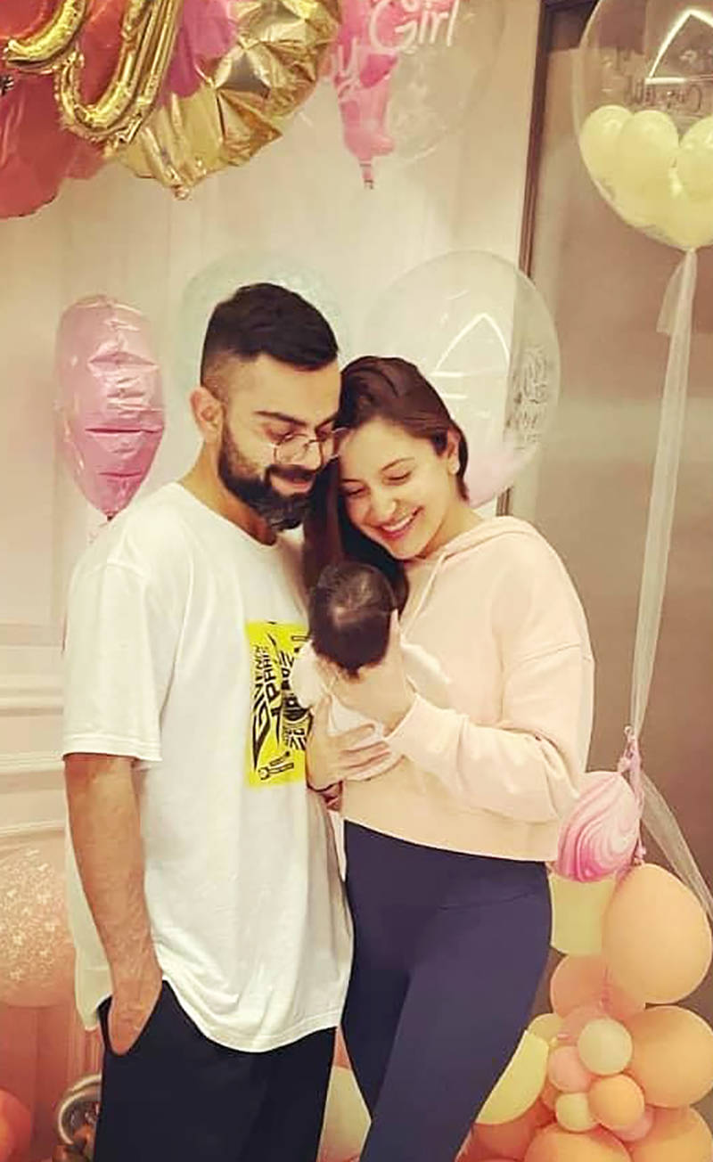 This unseen picture of Anushka Sharma holding baby Vamika with AB de Villier's wife Danielle goes viral