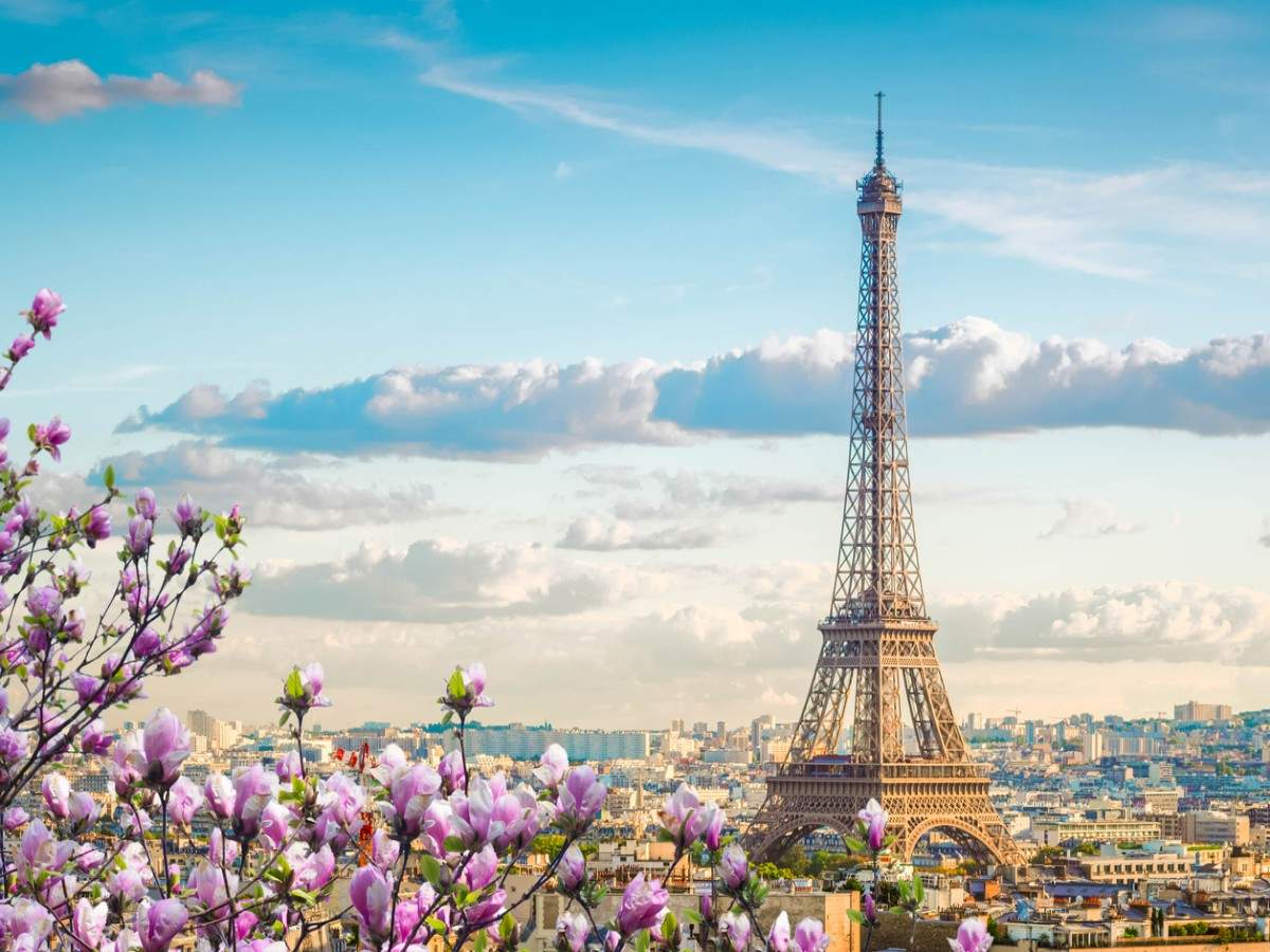 Eiffel Tower to reopen on July 16, cap set on number of visitors