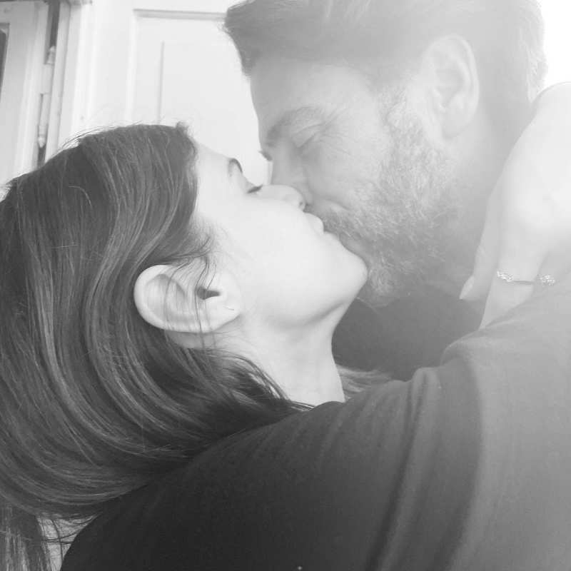 Alexandra Daddario makes relationship official with Andrew Form; shares a romantic picture
