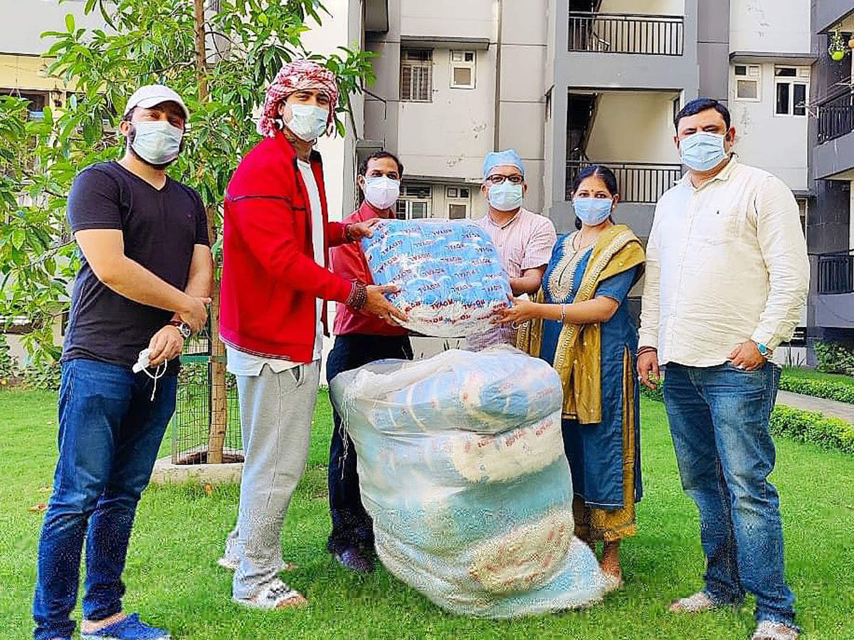 Jubin is reaching out to people in Uttarakhand with medical aid and resources