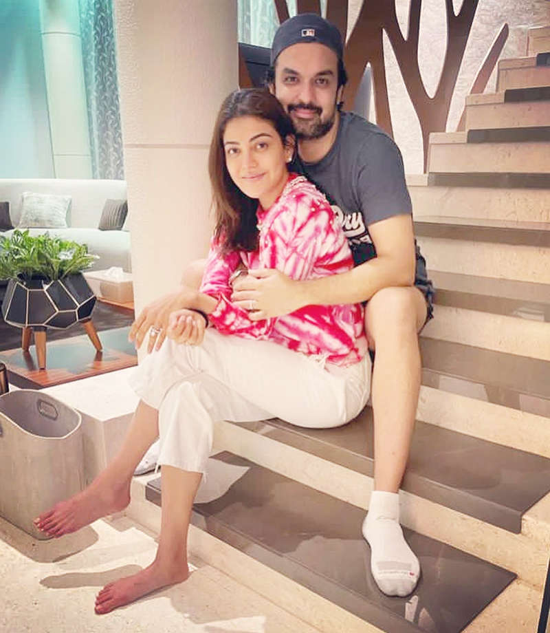 These mushy pictures of Kajal Aggarwal and hubby Gautam Kitchlu scream love