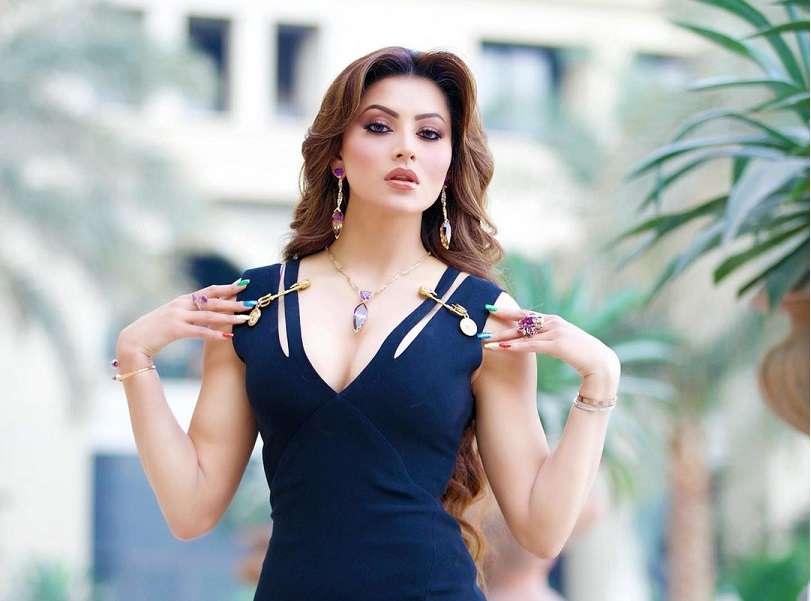 Urvashi Rautela turns heads in her signature 'Versace' dress