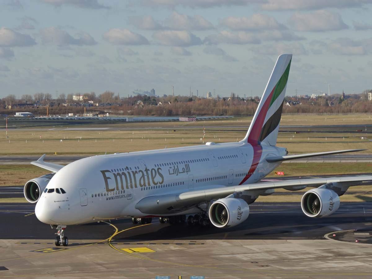 حظرت الإمارات العربية المتحدة دخول المسافرين من الهند حتى 30 يونيو