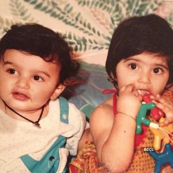 A-lovely-childhood-pic-of-Arjun-Kapoor-and-Sonam-Kapoor-