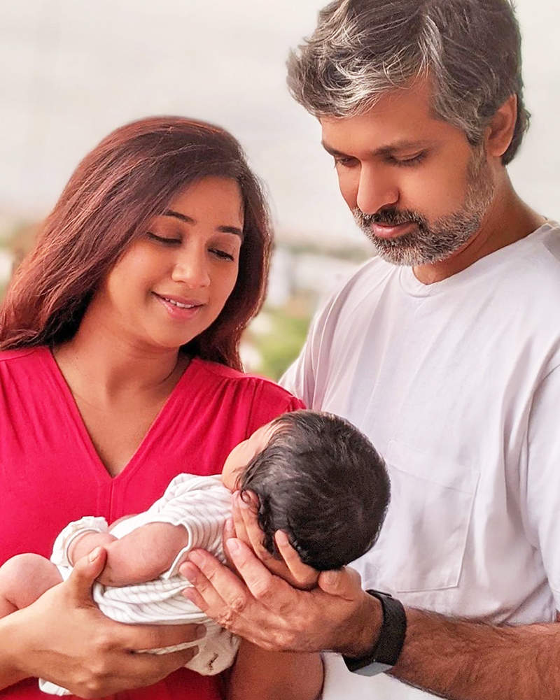 Shreya Ghoshal shares the first picture of her baby boy, names him Devyaan