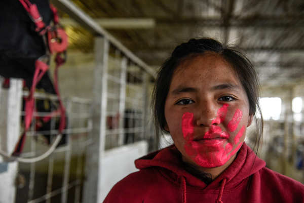 Indigenous tribes hold Indian Relay Horse Race
